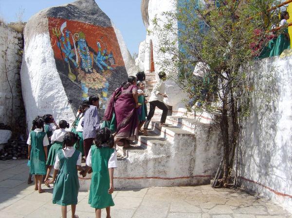 Ecolières en visite au fort De Golgonda
