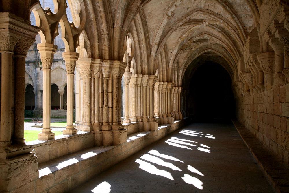 Le cloitre du monastère de Poblet