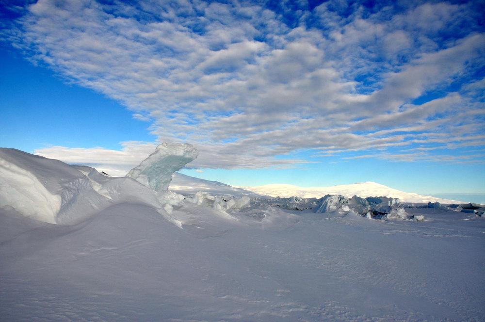 Les premiers reliefs du continent Antarctique