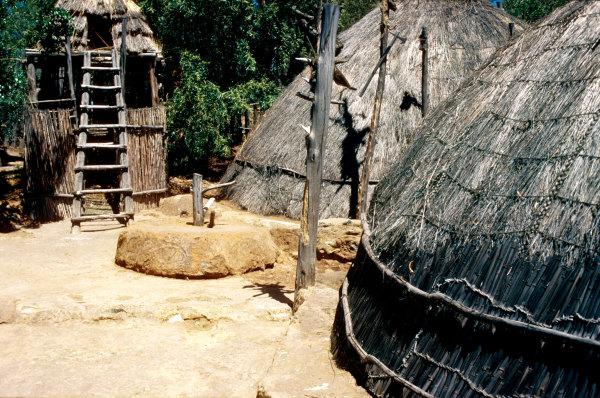 Un village zoulou dans les années 70