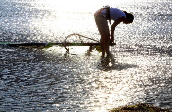 Planche à voile sur l'étang de La palme