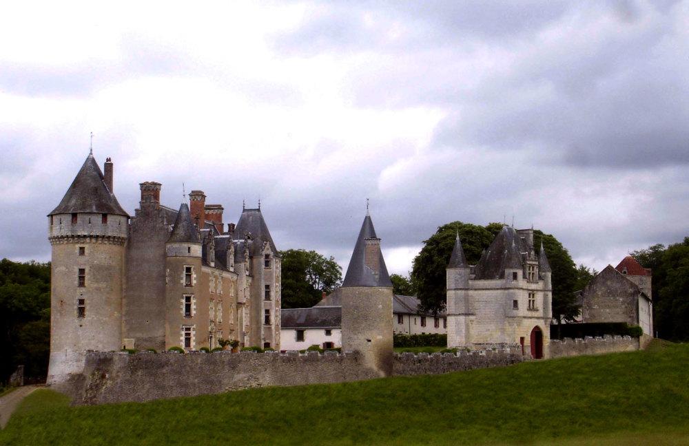 Le chateau de Monpoupon