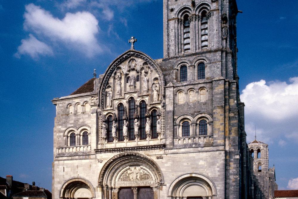 La facade de Vezelay