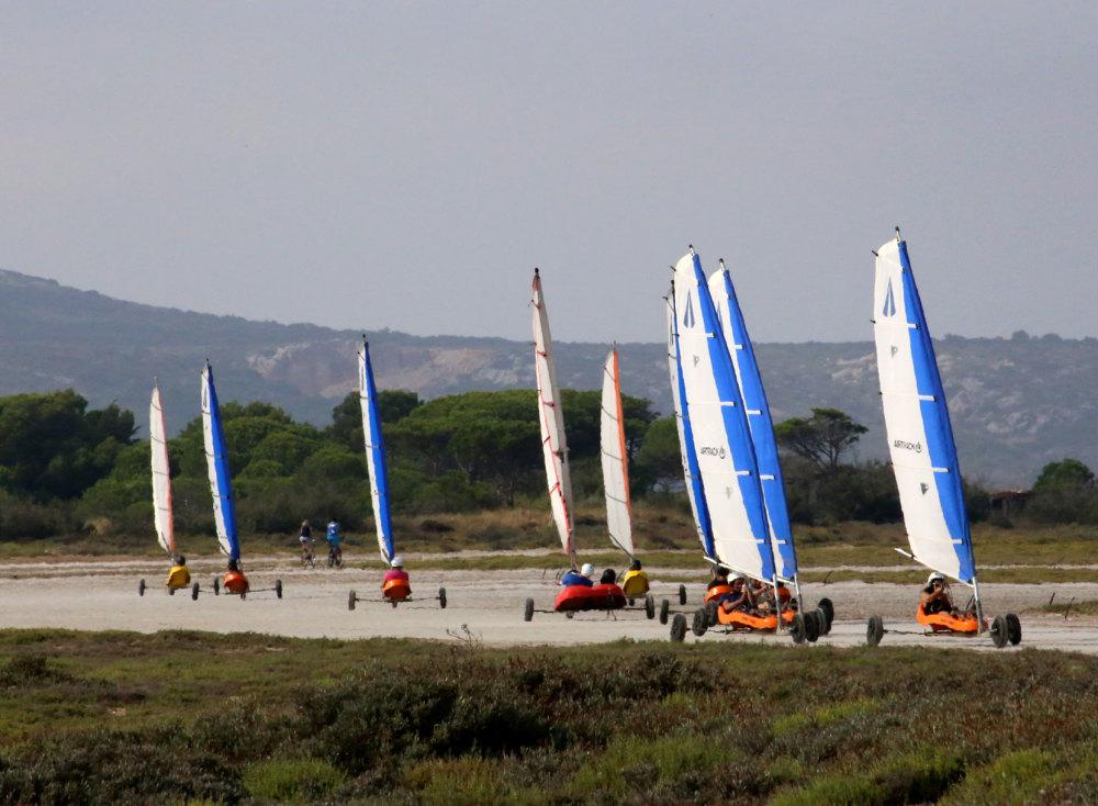 Char à voile sur la plage de Leucate