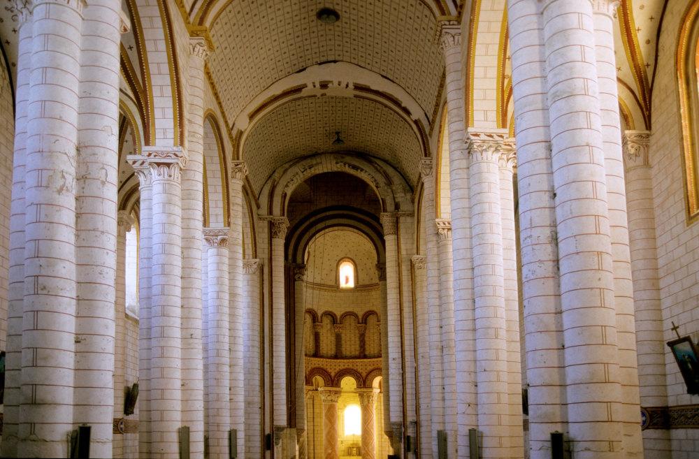 St Pierre de Chauvigny