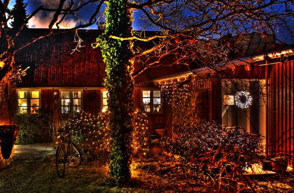 Allotment house with illumination