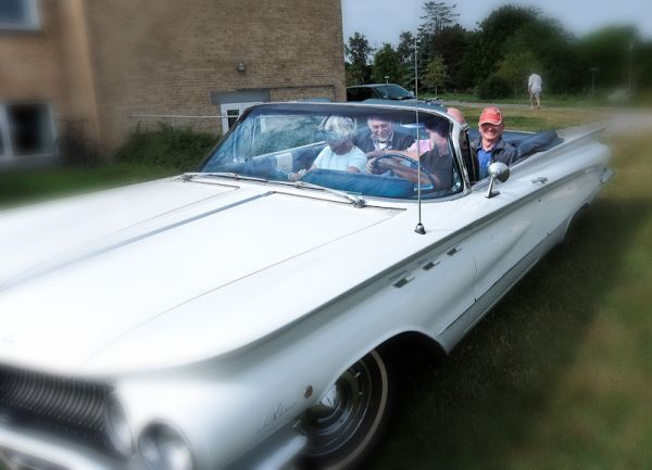 Touring in a mid 60's Buick Lesabre