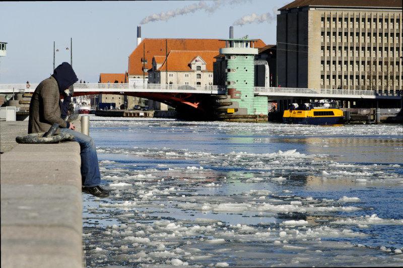 Thaw in the harbour of Copenhagen II