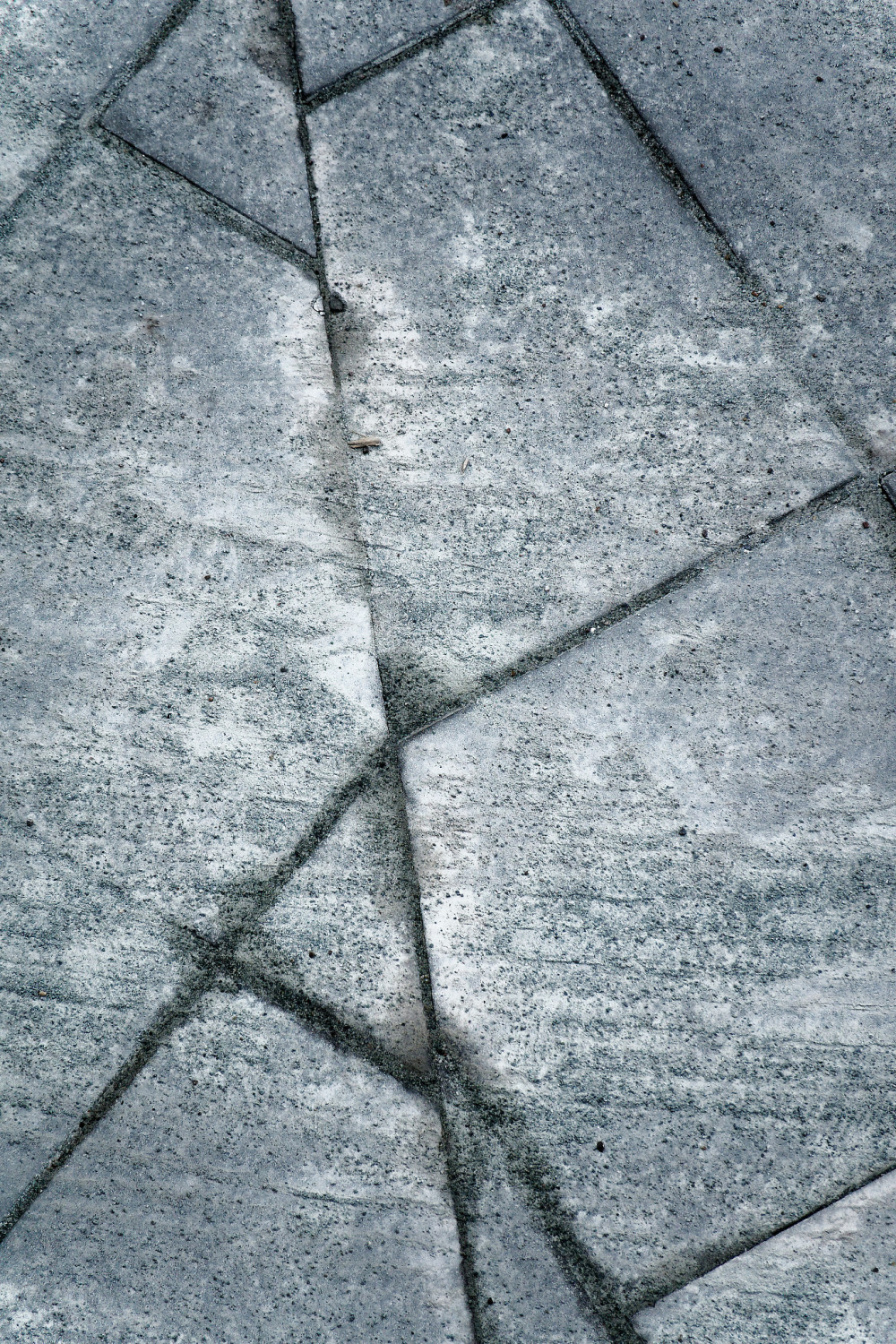 Patterns in stone 1/2