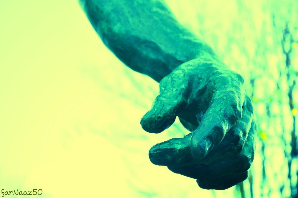با دستهایمان / 7