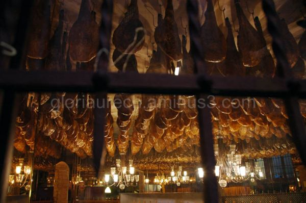 Holding hams in a restaurant roof