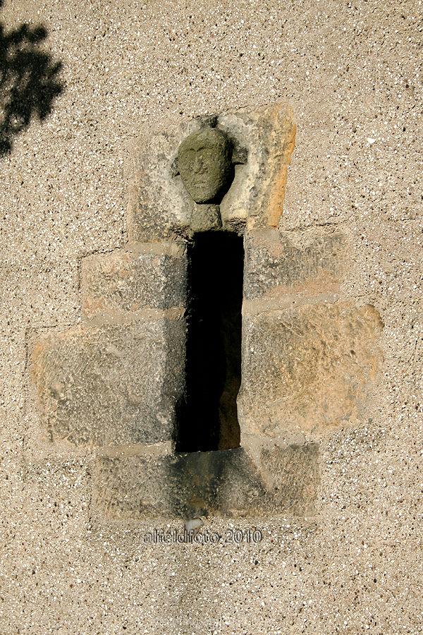 Wandöffnung in St. Matthäus in Gronau (Leine)