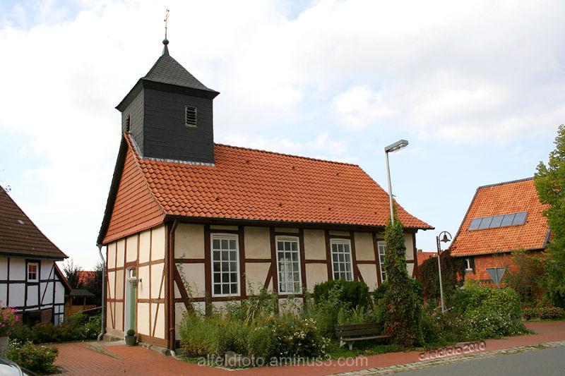 Kirche in Warzen im Leinebergland
