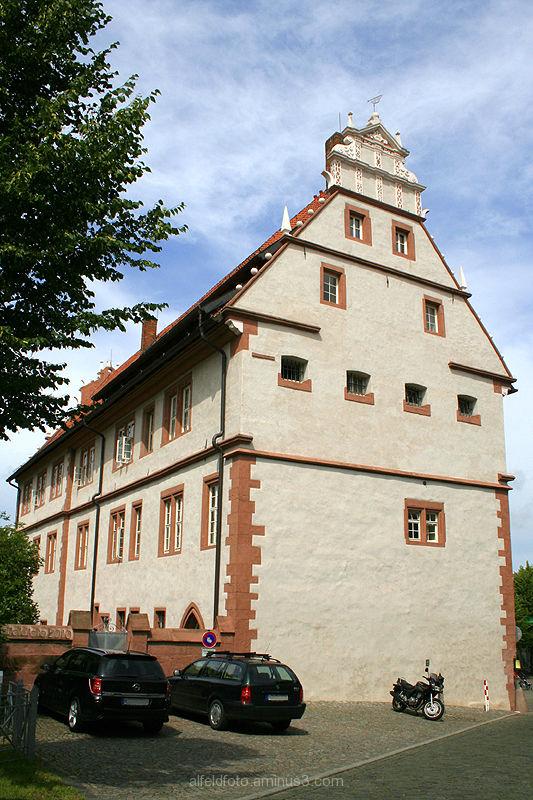 Das Rathaus in Alfeld (Leine), Ostseite