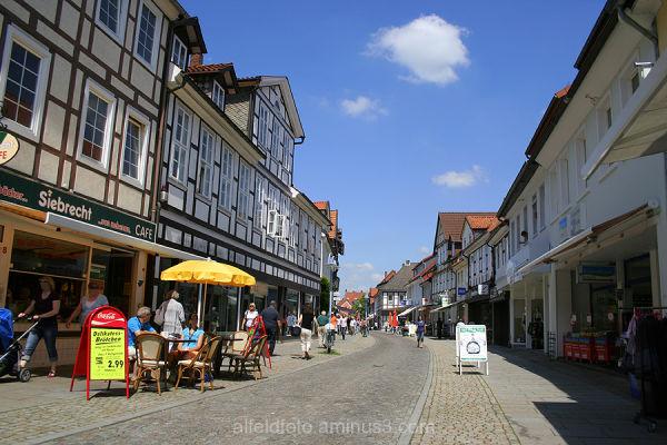 Die Leinstrasse in Alfeld (Leine)