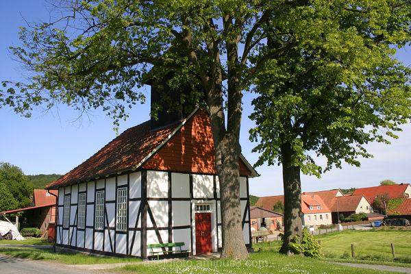 Kapelle in Lübbrechtsen im Leinebergland