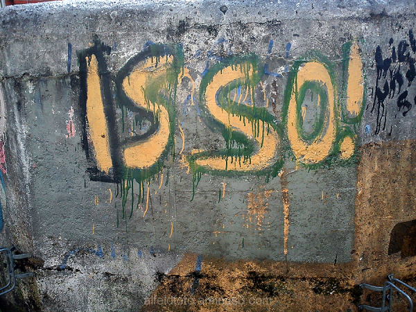 ISSO! Graffiti am Bunker in Alfeld (Leine)