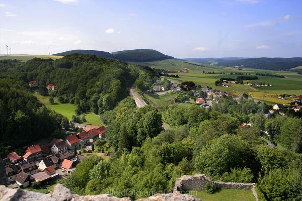 Blick von der Greener Burg auf das Leinebergland