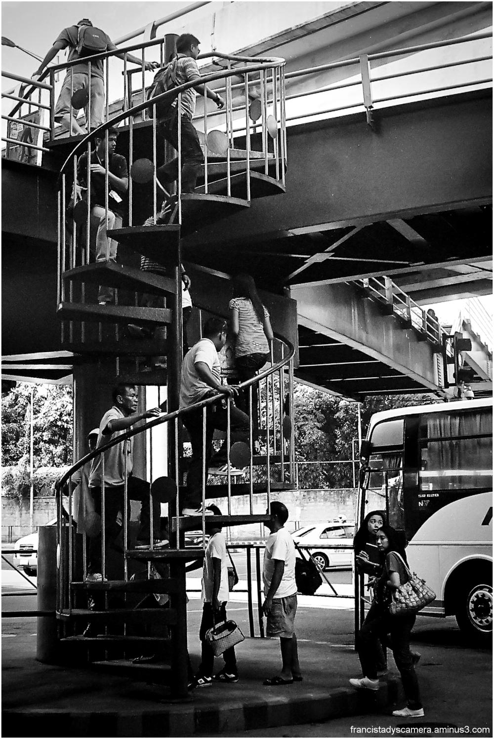 francis tady, streets of manila, philippines, bw