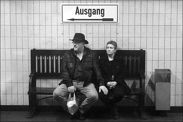 Ein Ehepaar in Untergrund