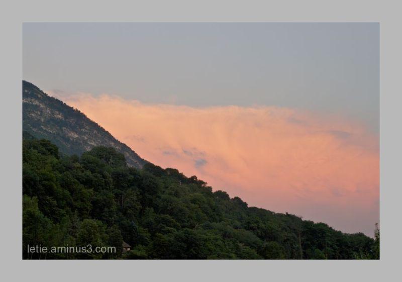 belle soirée d' été sur la Chartreuse