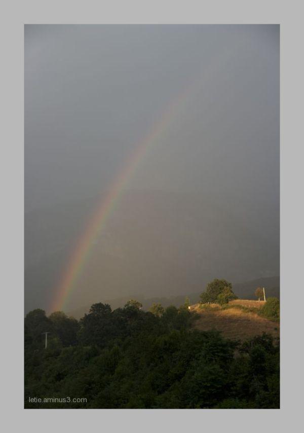 de mon balcon, le plus bel arc en ciel que j'ai vu