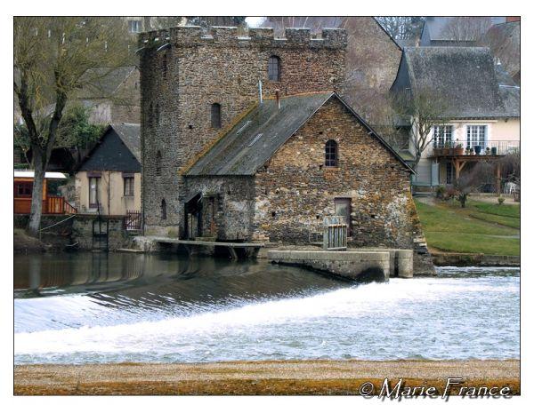 Barrage de Chenillé Changé (49)