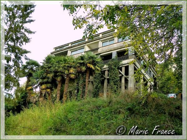 Maison sur pilotis en bordure du Loir