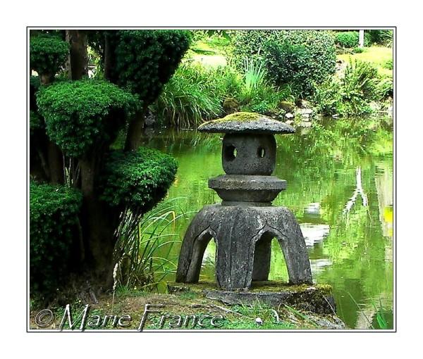 lanterne de granit à Maulévrier