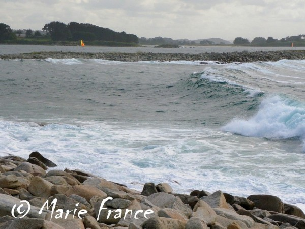 vagues en Bretagne