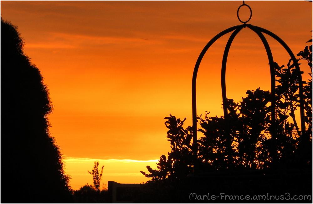 Ciel orangé en Anjou