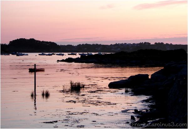 En Bretagne photo de la mer un soir