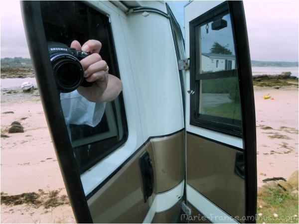 reflets marins pris d'un camping-car