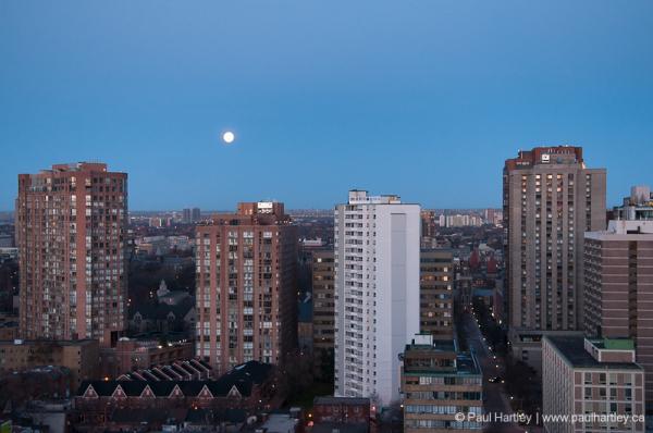 moon in evening toronto ontario