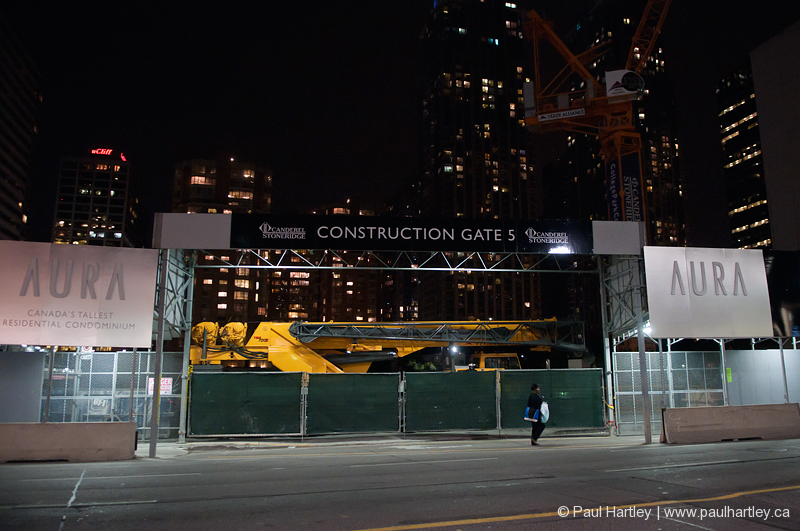 the construstion gate 5 at college street toronto