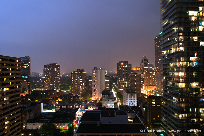 toronto cityscape at night