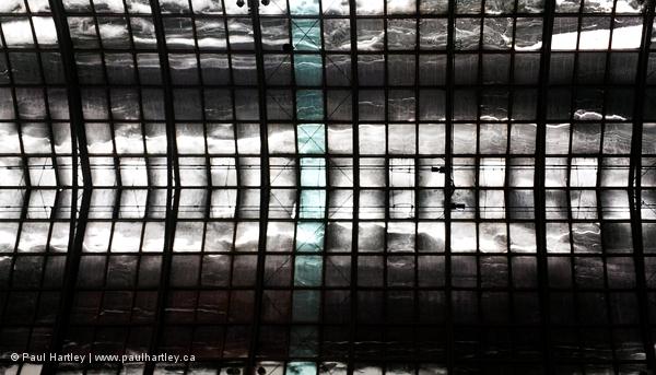Ceiling Eaton Centre