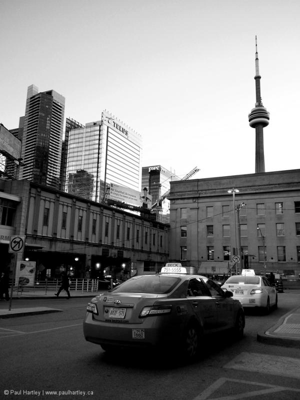 taxi downtown Toronto