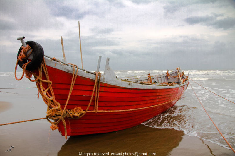 Red Boat قایق قرمز