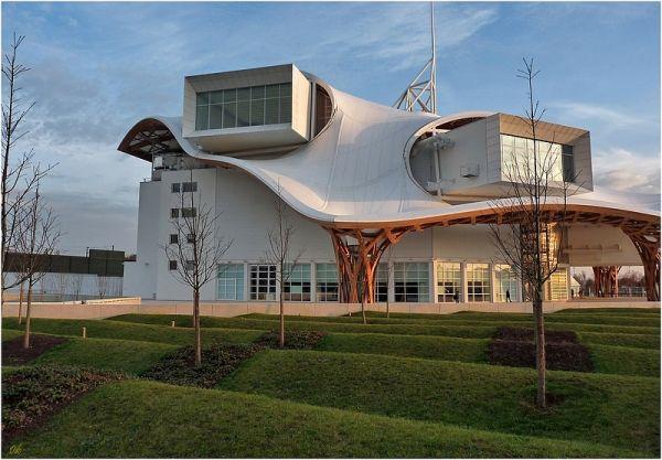 Un toit pour l'Art. 4