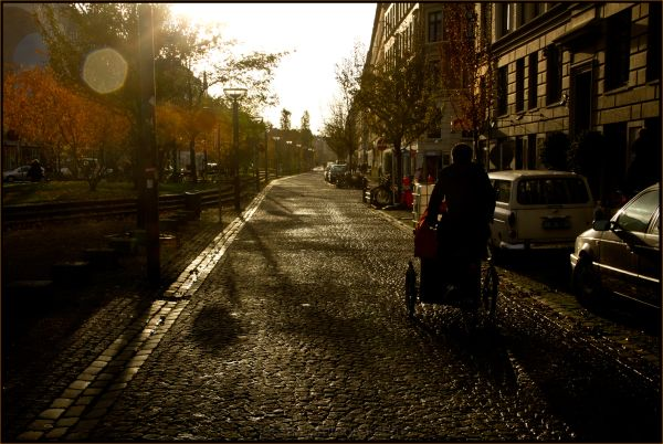 ...autumn light in the city...