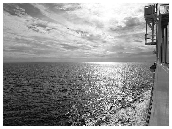 Ocean View, Black & White