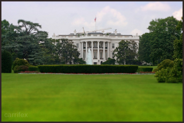 Tiltshifted a photo of the White House