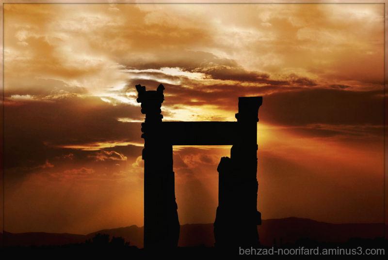 Sun In Persepolis