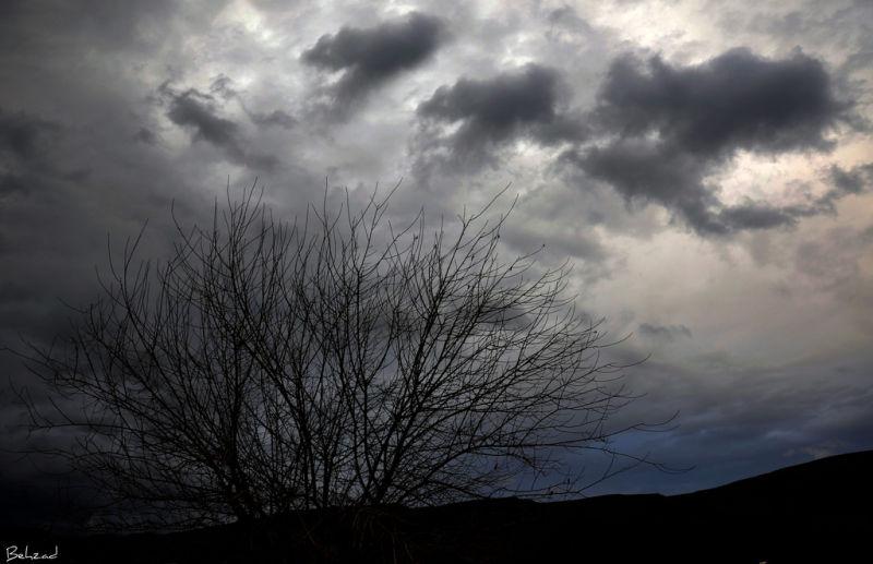 Sad Sky             آسمان غمگین.