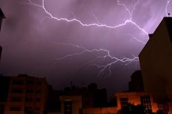 Lightning    رعد و برق