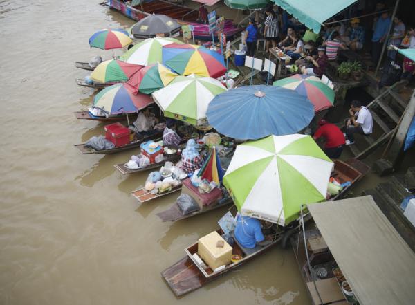 Mercat flotant Amphawa, Tailàndia