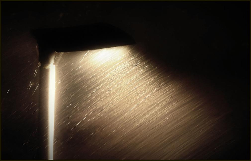 RAIN IN THE NIGHT