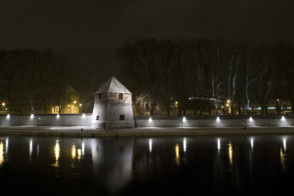 A snowy night in Besançon