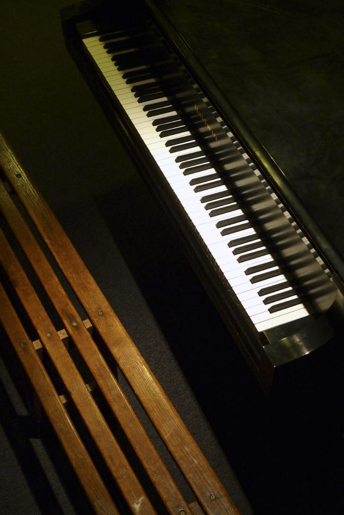 the waiting piano
